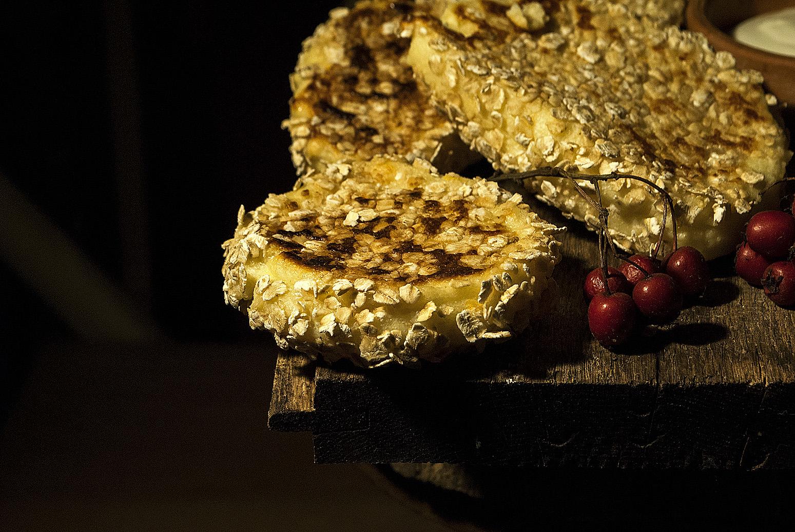 prajitura -de-branza-umplute-cu-ciocolata