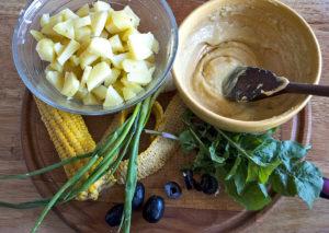 salata de cartofi, porumb si masline
