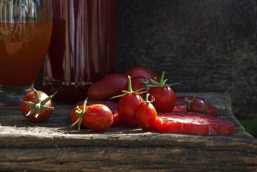 tomate pentru suc de rosii