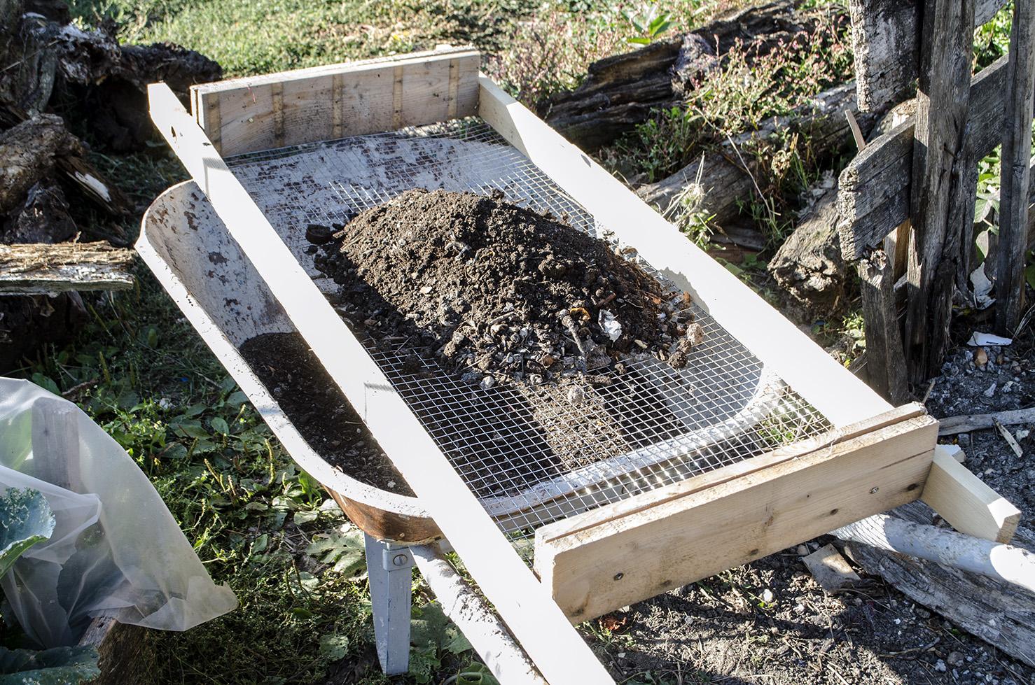 sita pentru cernut compost